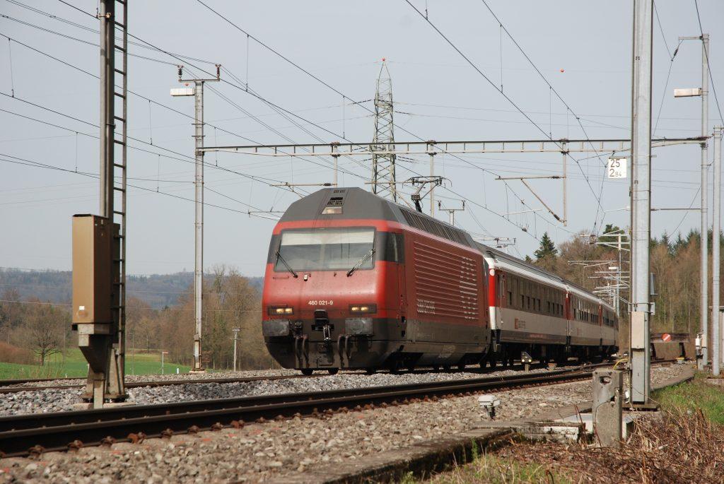 Re 460 021 in Mägenwil