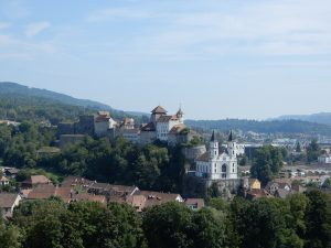 Festung Aarburg mit Kirche
