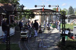 Viel Betrieb am Bahnhof