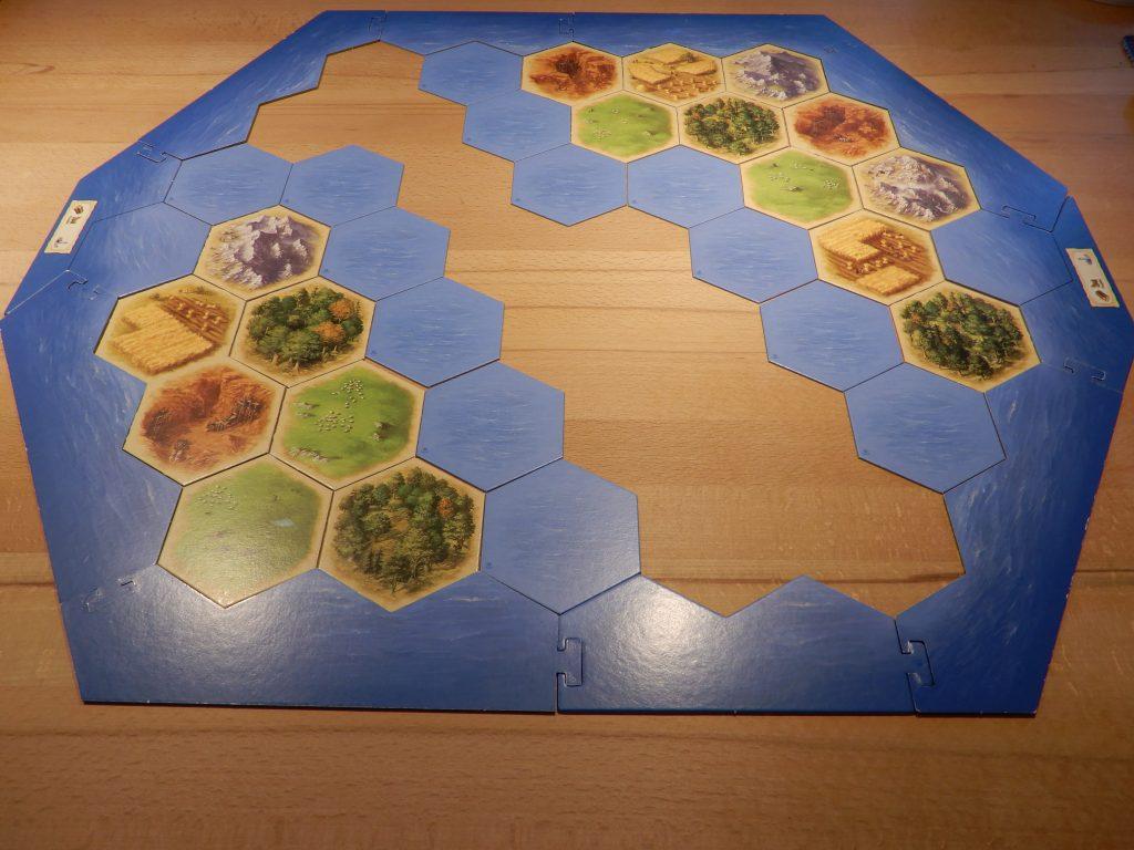 Catan - Aufbau der zwei Inseln