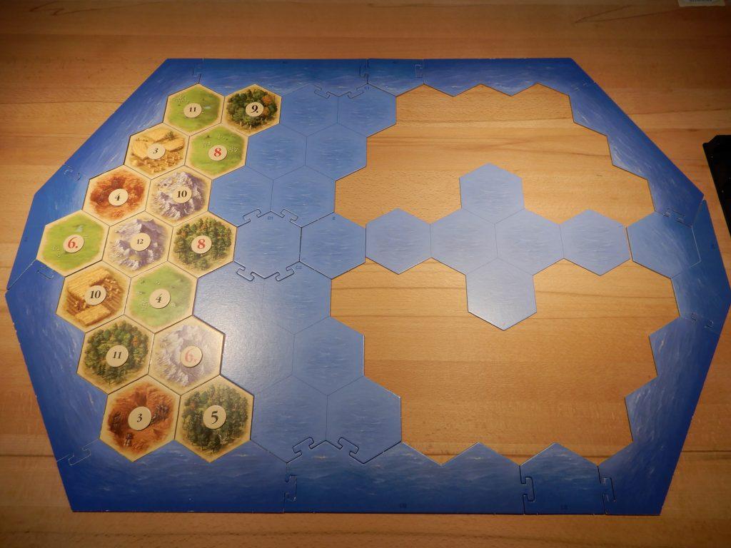 Catan - Die Startinsel mit Zahlenchips