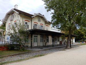 Der alte Bahnhof Letten