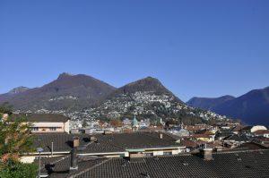 Altstadt und Monte Brè