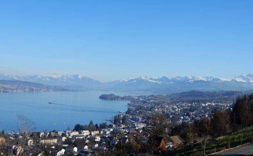 Zürichsee und Alpenpanorama