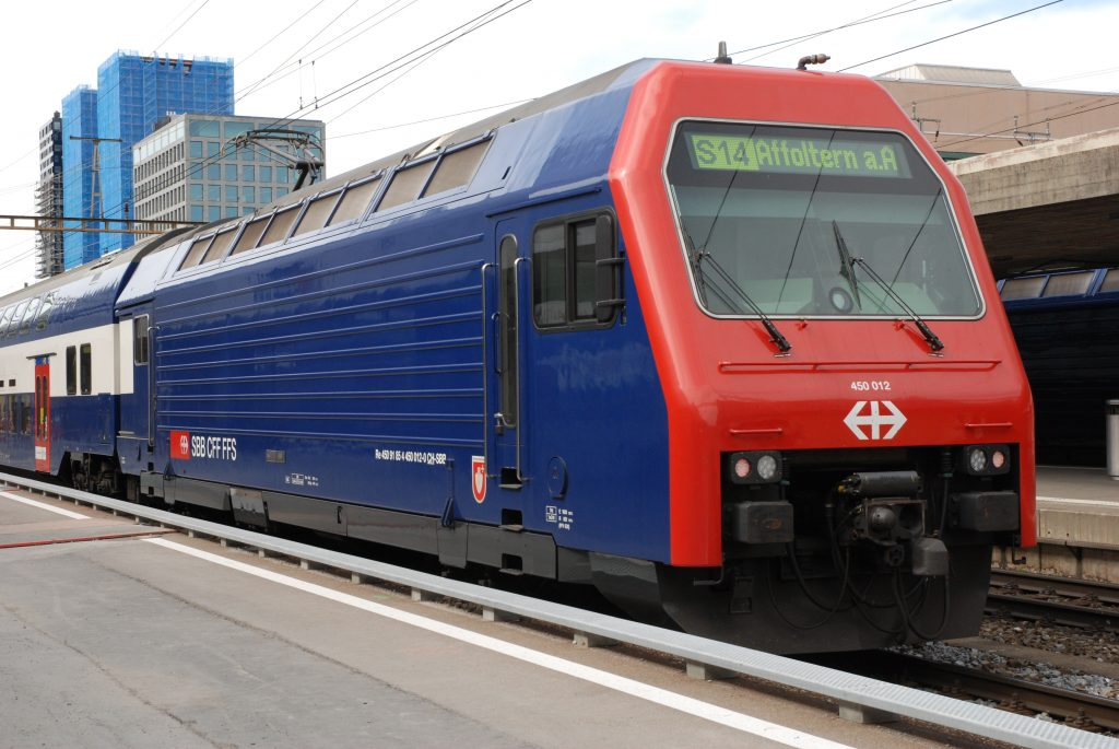Re 450 012