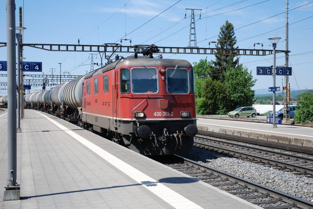 Re 430 363