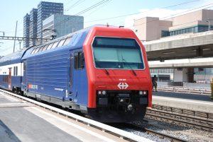 Re 450 032