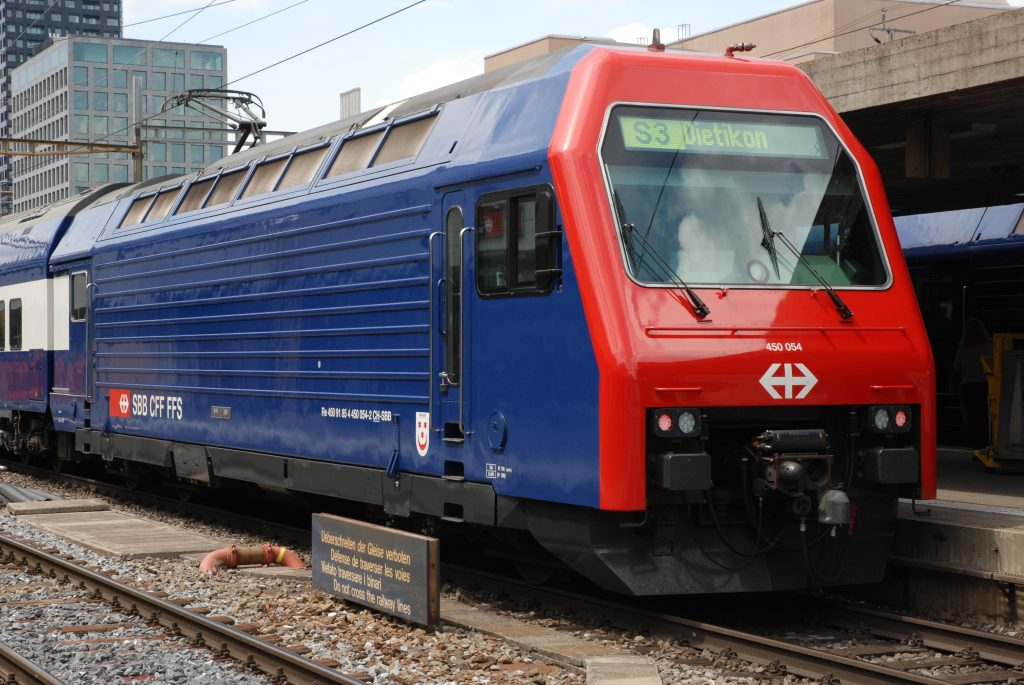 Re 450 054
