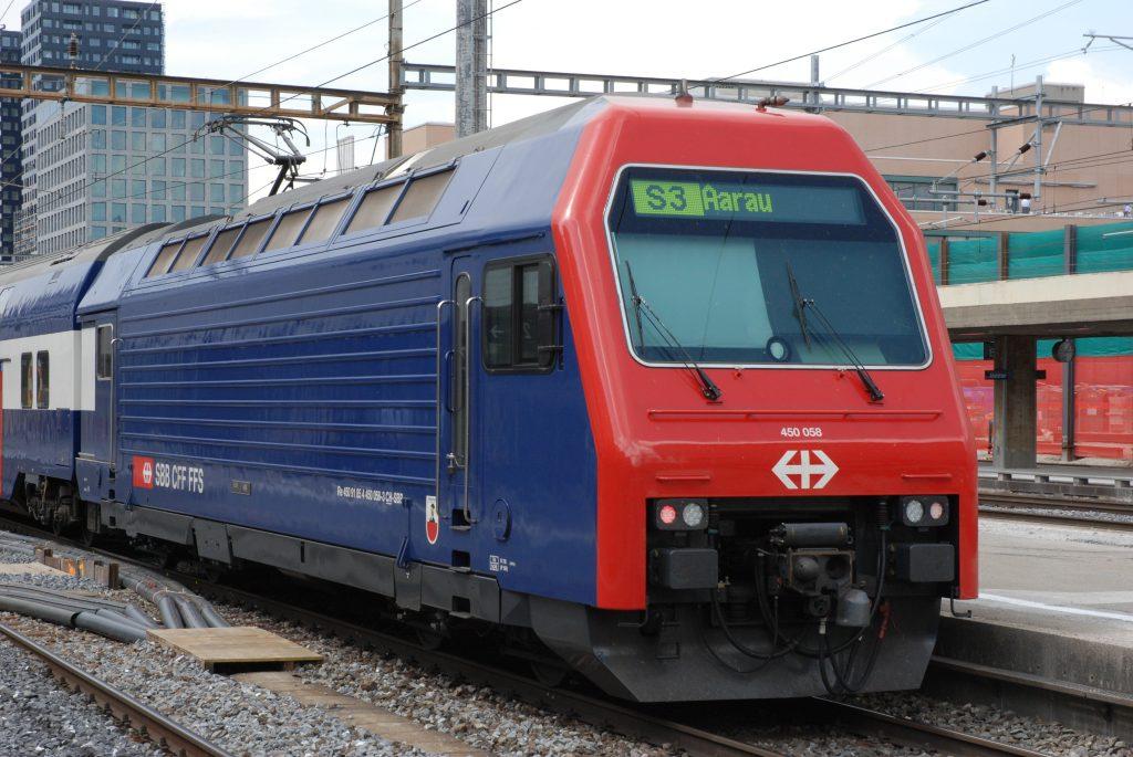 Re 450 058