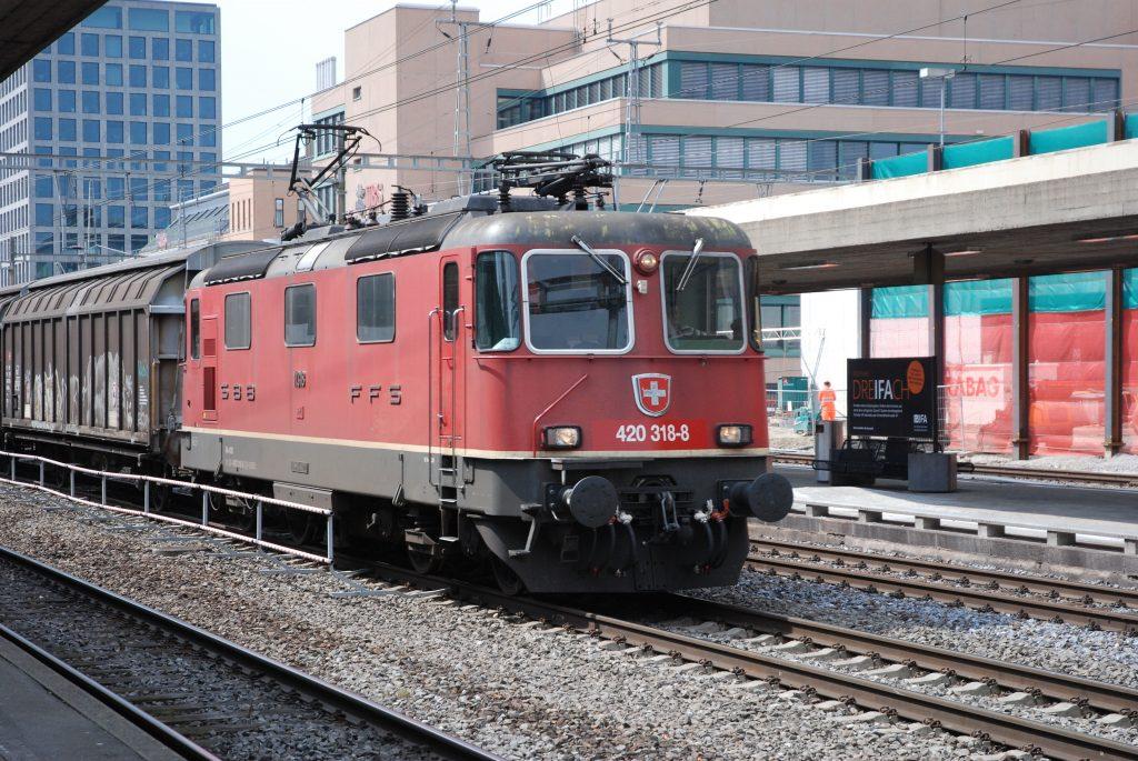Re 420 318