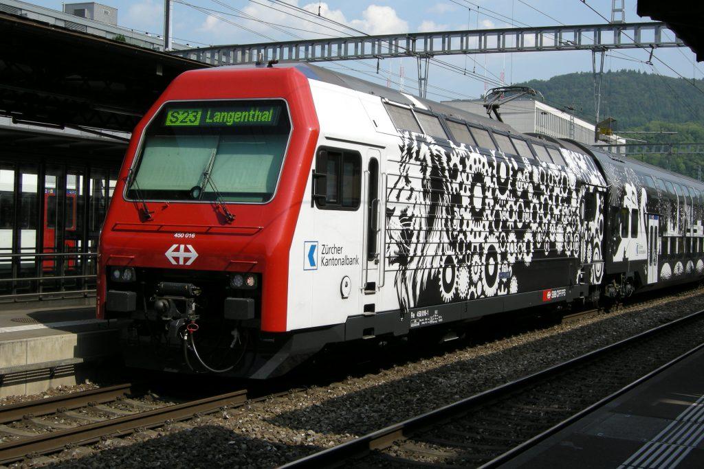 Re 450 016