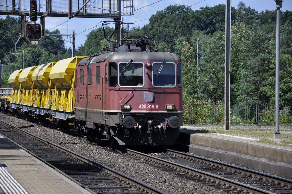 Re 420 319