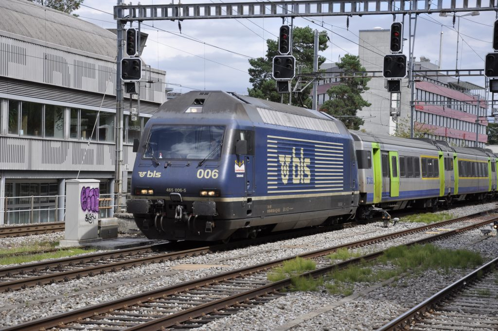 Re 465 006