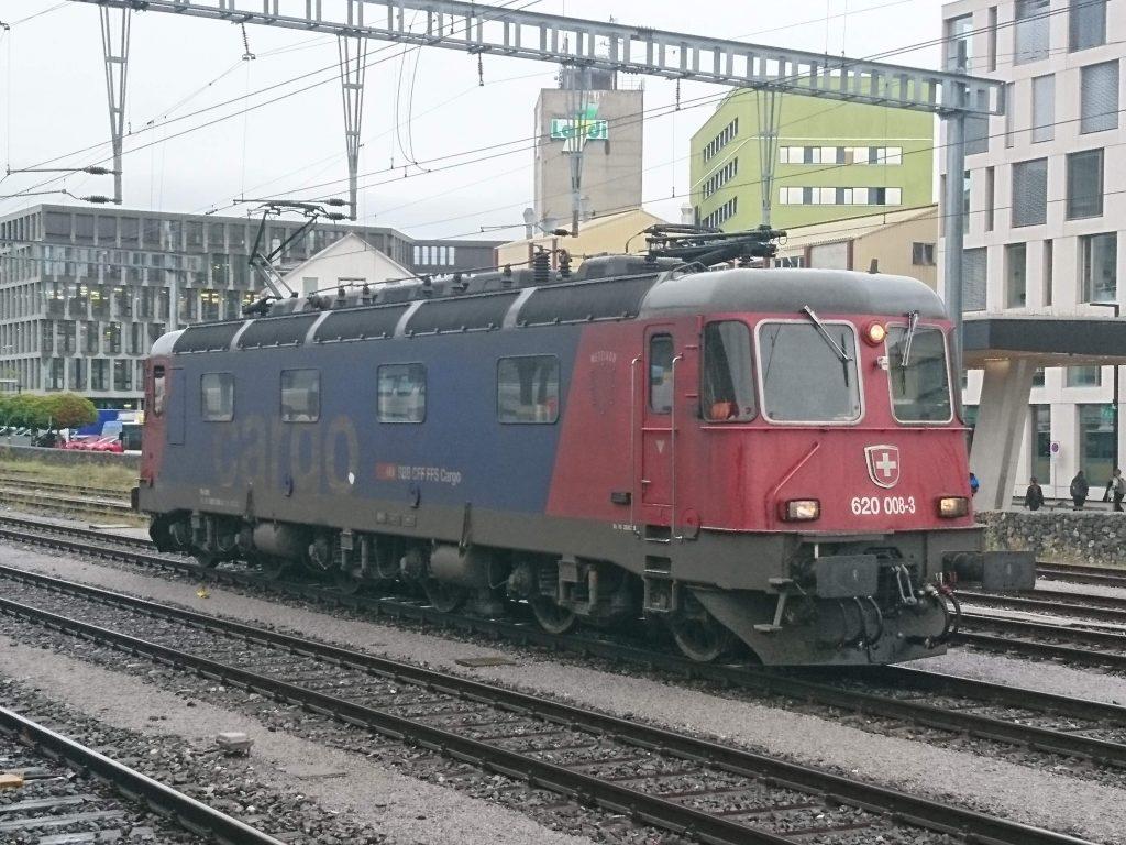 Re 620 008