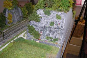 Die Kletterer erobern den Felsen