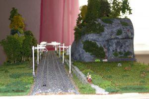 Reiter neben den Gleisen