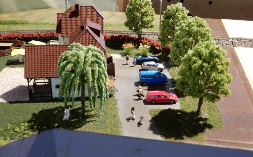 Der Parkplatz vor dem Ferienhof